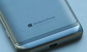 L'emplacement du port USB standardisé sur Windows Phone 8 ?