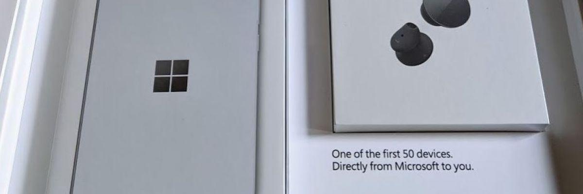 Unboxing du Surface Duo : les premières vidéos laissent une bonne impression