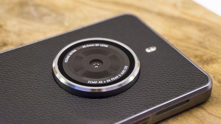 Kodak Ektra : le géant de la photo est revenu avec un photophone sous Android