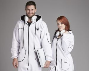 [Insolite] Microsoft Australie propose des vêtements en honneur à la Xbox One S