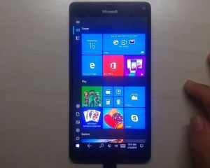 Windows 10 ARM : l'interface mobile et les appels arrivent sur le Lumia 950 XL