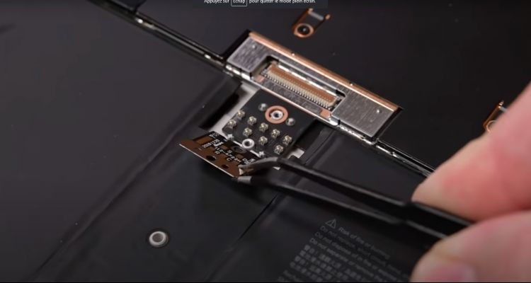 Peut-on facilement démonter ou réparer la Surface Go 2 ? L'avis d'iFixit !