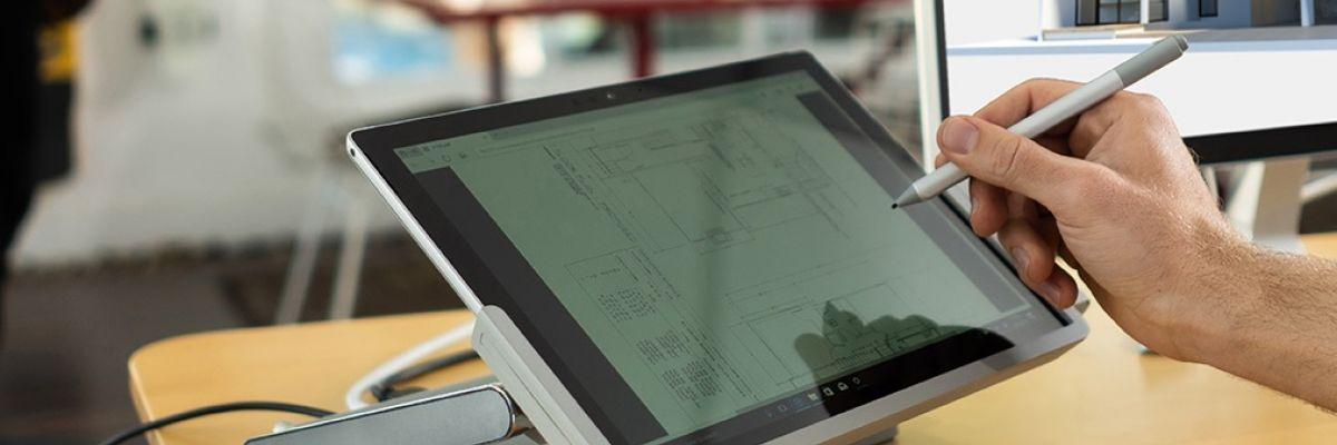 """""""Transformer"""" sa Surface Pro en Surface Studio avec l'accessoire de Kensington"""