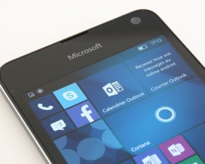 Test du Microsoft Lumia 650 sous Windows 10 Mobile