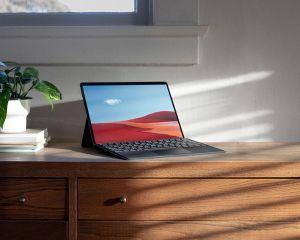 Windows 10 ARM : Microsoft travaillerait sur l'émulation des logiciels 64 bits
