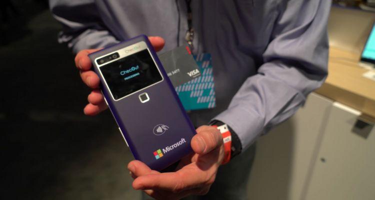 """ChecOut M, un nouveau """"smartphone"""" de 6,3 pouces avec Windows 10 IoT"""
