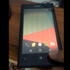 [MAJ] Le vieux Nokia Lumia 520 sous Android 7.1 Nougat, ça vous dit ?