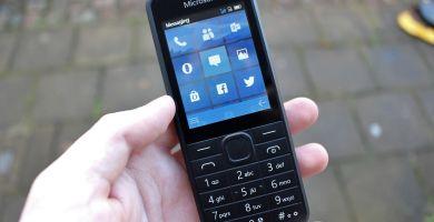 Microsoft concevait également un téléphone classique aux airs de Windows Phone