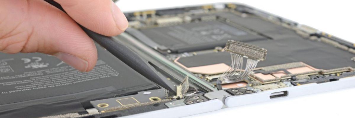 Le Surface Duo est difficilement réparable selon iFixit (sauf ses écrans)