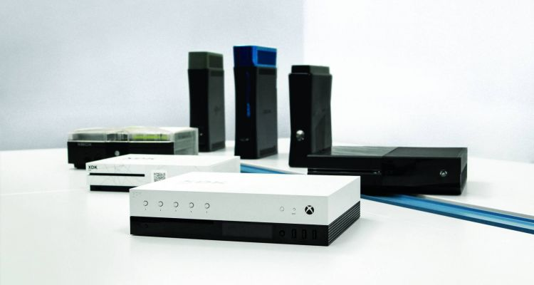 Des images volées du kit de développement de Project Scorpio, la prochaine Xbox