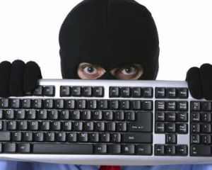Windows 10 : un mail frauduleux invitant à l'installation circule, attention !