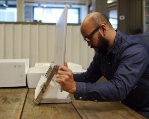 Surface Studio : Microsoft propose un joli unboxing en vidéo !