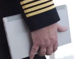 La compagnie aérienne US Delta Airlines précommande 11 000 Surface 2