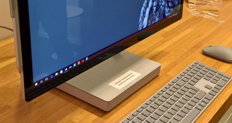 Notre prise en main de Surface Studio qui arrive prochainement en France
