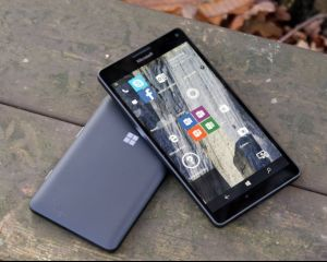 """Microsoft réduit un peu partout sa présence sociale pour la marque """"Lumia"""""""