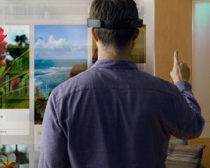 HoloLens : le casque de Microsoft sera d'abord dédié aux entreprises