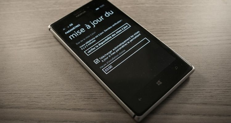 [MAJ]Télécharger les màj WP sur la SD, possible que sur certains Lumia