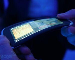 Nokia Kinetic : écran flexible et interface pliable dans le futur ?