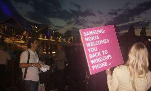 Nokia taquine Samsung suite à l'annonce de leur terminal WP8