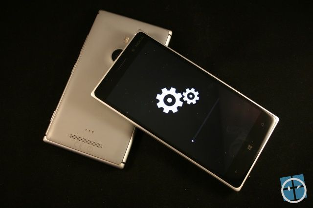 mise-A-jour-lumia-830