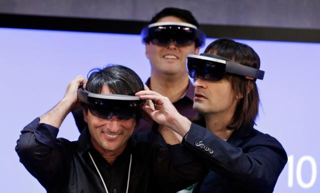 Vara-HoloLens-1200