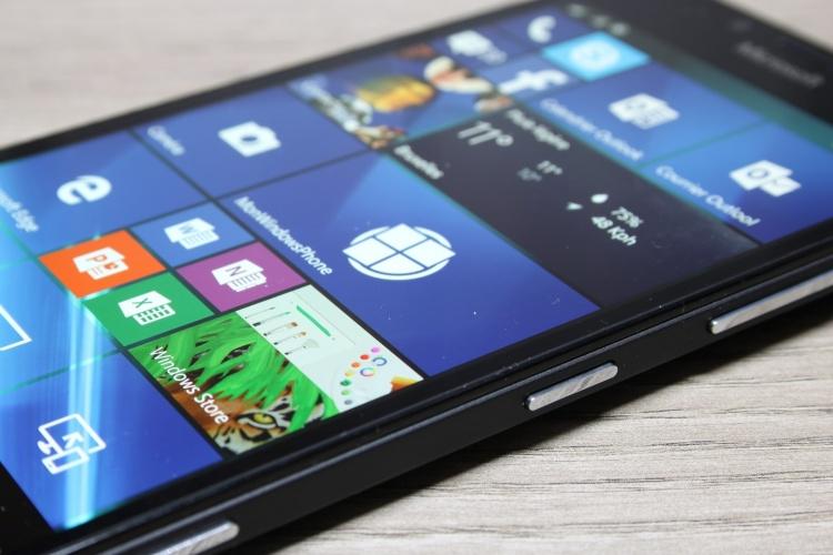 Microsoft-Lumia-950-16-