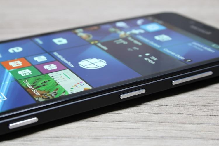 Microsoft-Lumia-950-20-