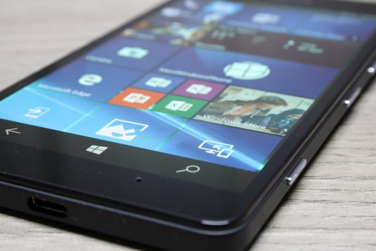 Microsoft-Lumia-950-21-