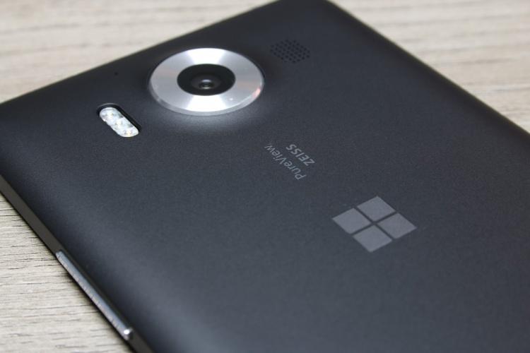 Microsoft-Lumia-950-25-