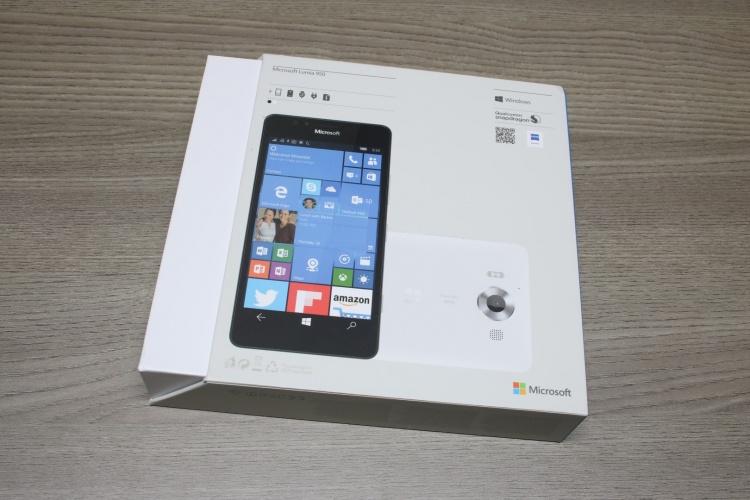 Microsoft-Lumia-950-4-
