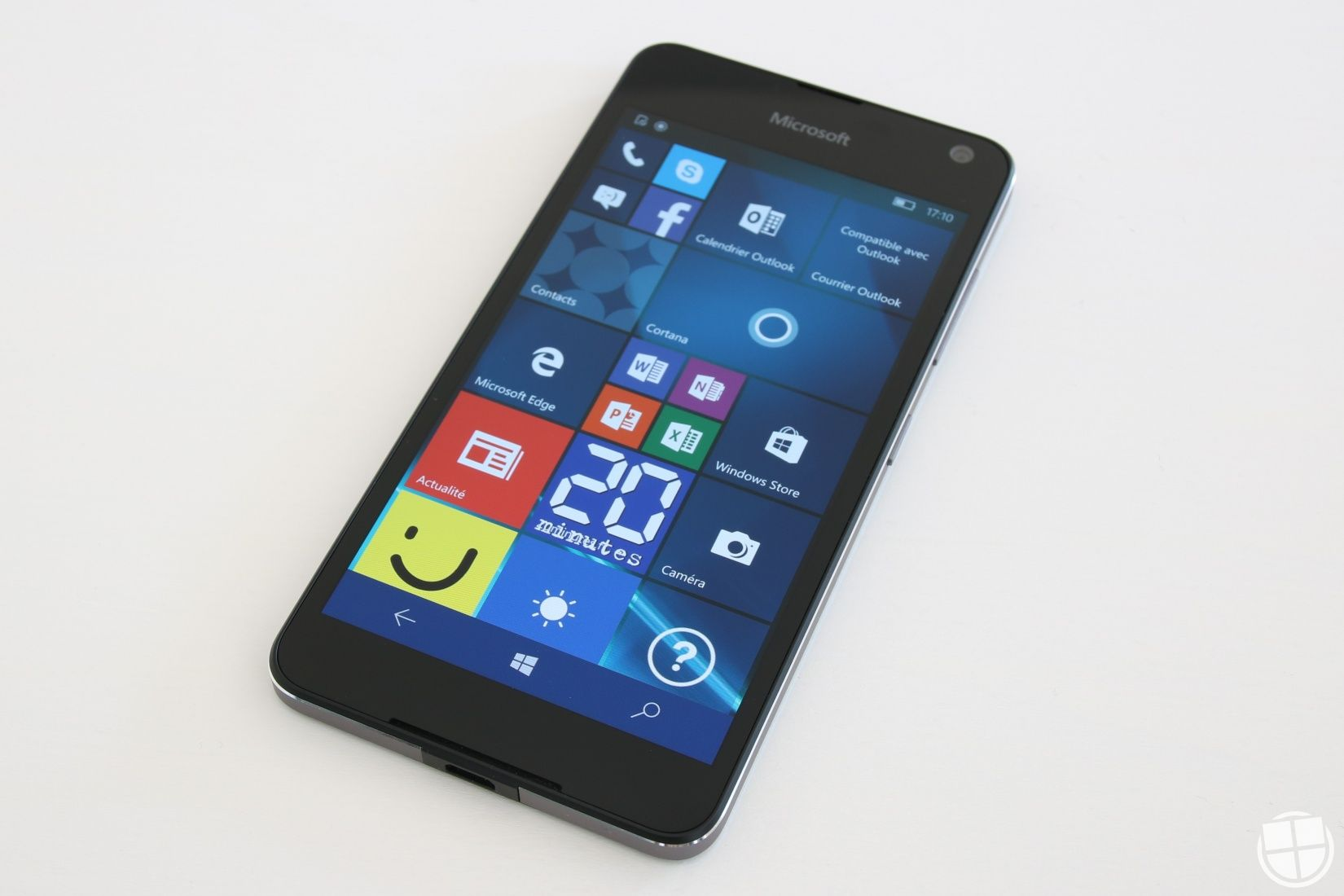 Test du Microsoft Lumia 650 sous Windows 10 Mobile ...
