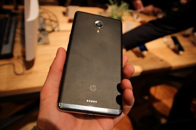 Devices-HP-Elite-X3-4-