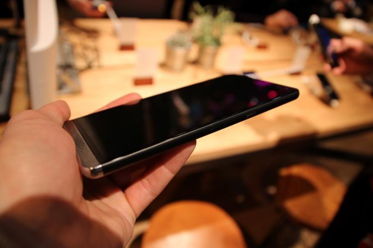Devices-HP-Elite-X3-5-