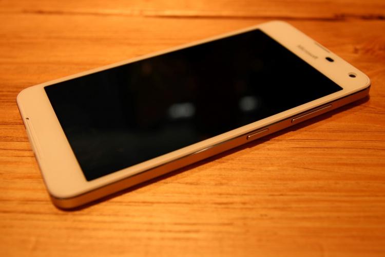 Lumia-650-1-