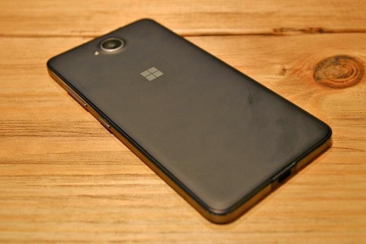 Lumia-650-2-