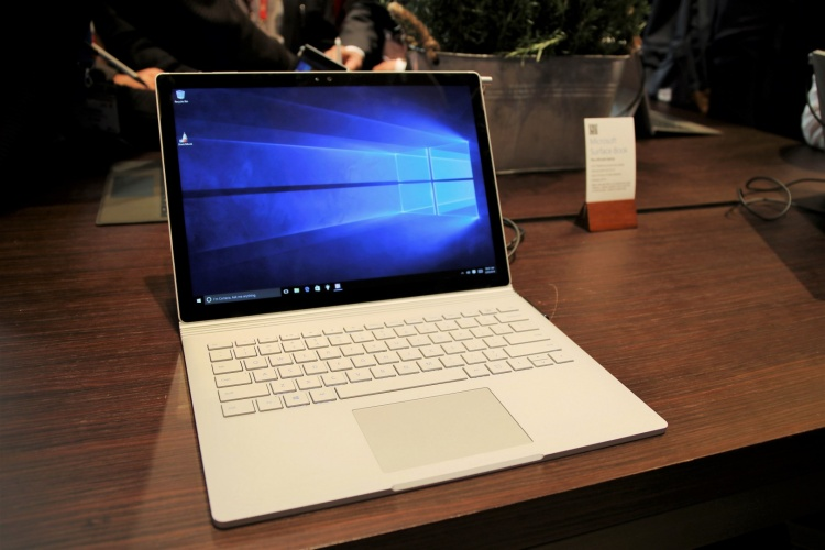Surface-Book-2-