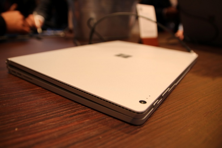 Surface-Book-8-