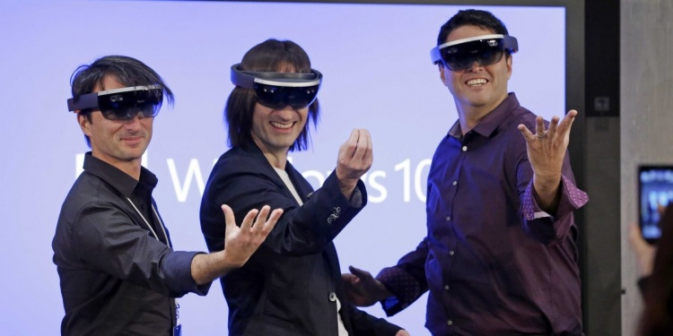 satya-nadella-hints-that-microsofts-mind-blowing-new-product-hololens-is-really-5-years-away