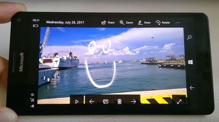 Microsoft-Photos-app-for-Windows-10-Mobile