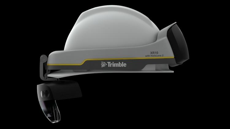 TrimbleLensXR10-w-HoloLens2-1024x576